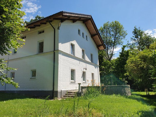 Altbau Villa in ruhiger Lage nahe Neuötting