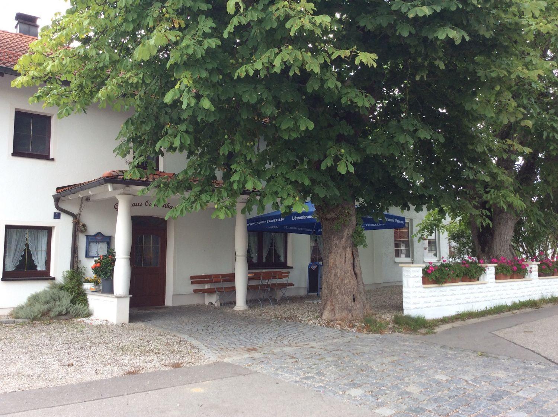 Gastwirtschaft mit Saal, Wintergarten, Bundeskegelbahn, Bar, Schießstand, Gaststube und Biergarten