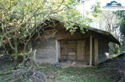 Freizeitgrund mit Blockhütte und Bachlauf in Polling verkauft 2009